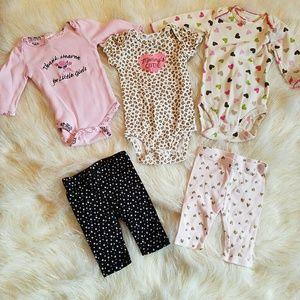 🌻 5 pc Newborn Girl Lot